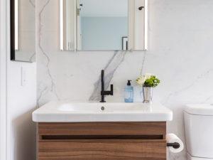 Greenwood Heights Rooftop Addition Bathroom